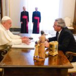 El Papa y Alberto Fernández se reunieron en el Vaticano
