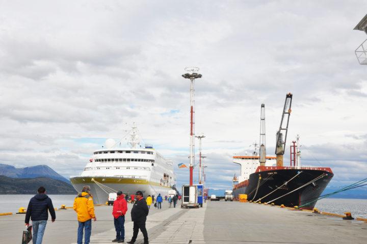 Roberto Murcia celebró que las llegadas pautadas de cruceros superarán las 400 embarcaciones.