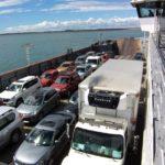 Kilómetros de colas de camiones en Punta Delgada