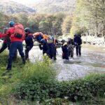 Personal policial se capacitó en búsqueda y rescate de personas en el cerro Jeujepén y Laguna Encantada