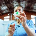Tierra del Fuego recibe 4.800 dosis de vacunas AstraZeneca contra el coronavirus