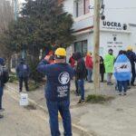 Un grupo de desocupados se manifestó frente a la UOCRA